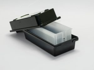 Conductive black Boxes for photomask-blank shipping